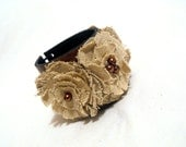 Leather bracelet with linen flowers. Leather jewelry