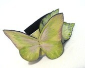 Narrow leather bracelet with green butterfly