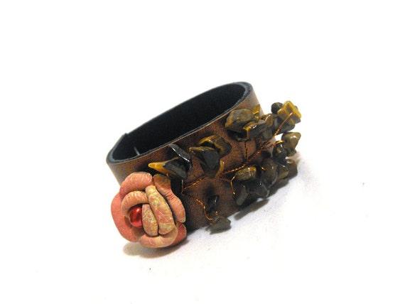 Vintage style leather bracelet with rose flower