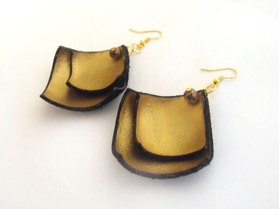Geometric leather earrings
