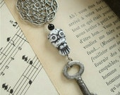 KEY TO WISDOM - Vintage Key Necklace. Wise Owl Necklace with Black and Antique Silver Beaded Chain. Salvaged Vintage Assemblage Jewelry.