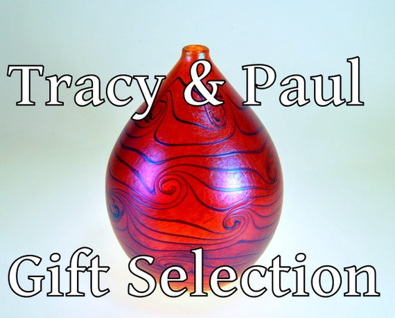 Apricot Grafitto Gourd Vase, Tracy McDonald and Paul Tindle Collection