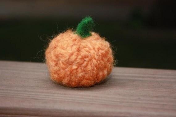 Felted orange pumpkin- wool yarn - 3