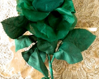 1940s Kelly Green Rose