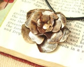 Old-Fashioned Rose Necklace