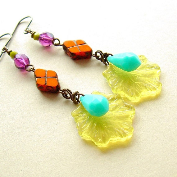 Long Funky Bright Retro Dangle Earrings Colorful Vintage Plastic Beads