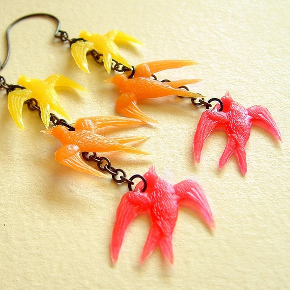 Yellow Red Bird Dangle Earrings Retro Vintage Plastic Charms Colorful Ombre