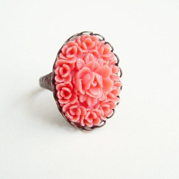 Large Coral Rose Ring Vintage Carved Plastic Floral Cabochon Bubblegum Pink Flower