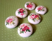 Buttons - Rose Bunches Flannel Fabric-Covered Buttons