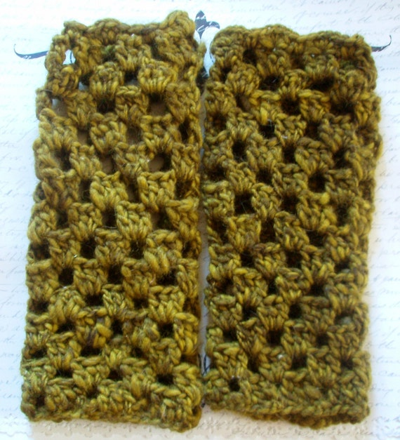 Fingerless Gloves -- Crocheted Armwarmers Handwarmers Wristwarmers-- Divinely Durable Line -- Green Wool