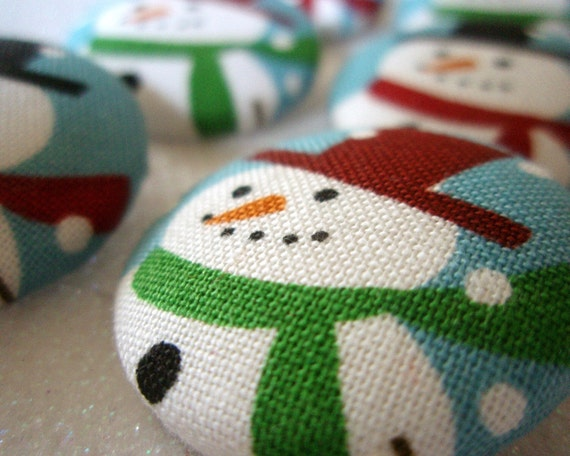Snowmen Buttons - Fabric Covered Buttons - Snowman Cotton Fabric Shanked or Flat Backed Buttons