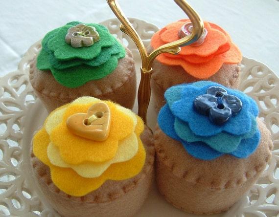 Four Fun Felt Cupcakes For Pretend Play
