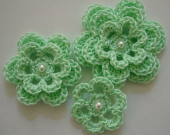 Crocheted Flowers - Mint Green With a Pearl - Cotton Flowers - Crocheted Flower Appliques - Crocheted Flower Embellishments
