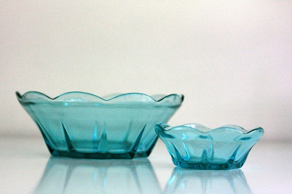 Reserved Listing - Vintage Aqua Anchor Hocking Chip and Dip Set