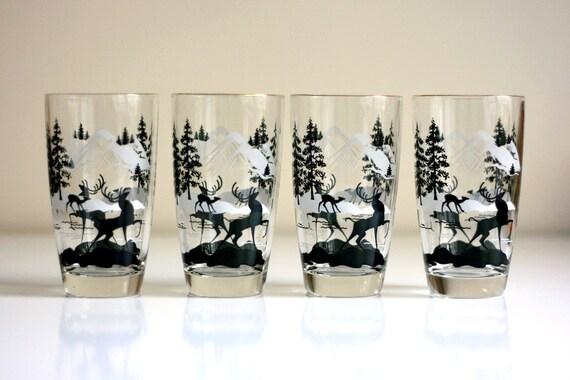Mid Century Modern Holiday Deer Tumblers