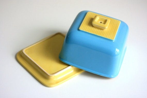 Vintage Cheese Server in Aqua and Yellow
