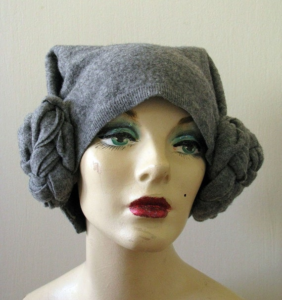 Medieval Leia Lambswool hat RESERVED for APRICOTMELBA