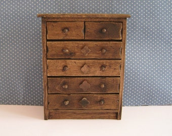 Miniature Tudor Chest, Medieval chest, dolllhouse chest, dark oak chest,  twelfth scale, dollhouse miniature
