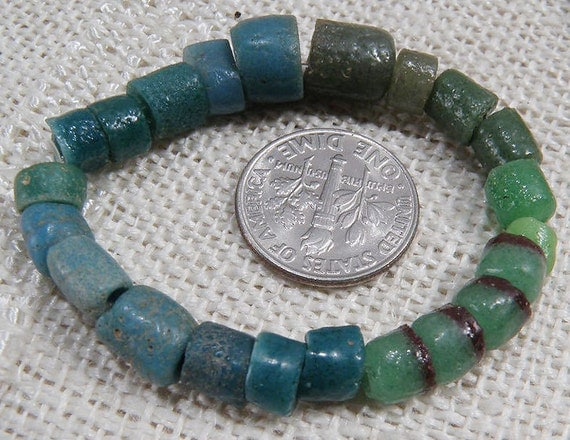 Beautiful GLASS BEADS from GHANA