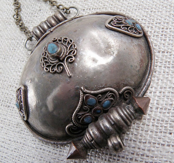 TRIBAL Necklace From Tibet