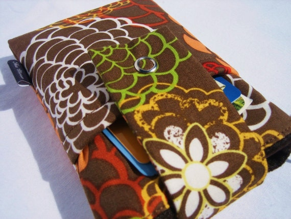 SALE -- Droid,iPhone, iPod iTouch,Blackberry CASE Padded with Flap Closure and POCKET - Floral on Brown