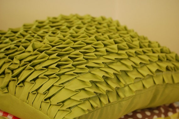RESERVED for jenmagathan  2  Pleated Pillows in Green Cotton