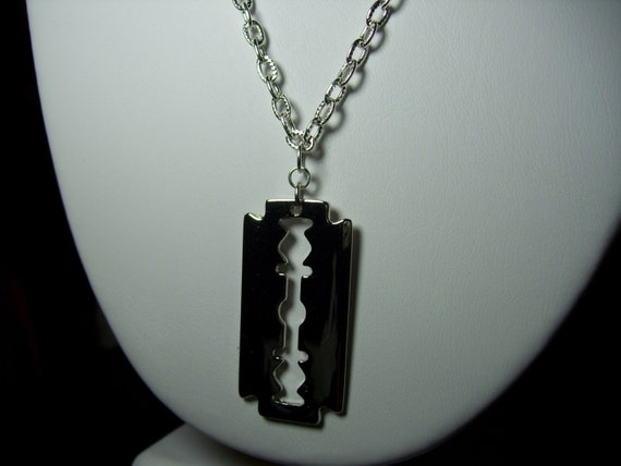 The Dimebag- Silver Razor Pendant Neckace
