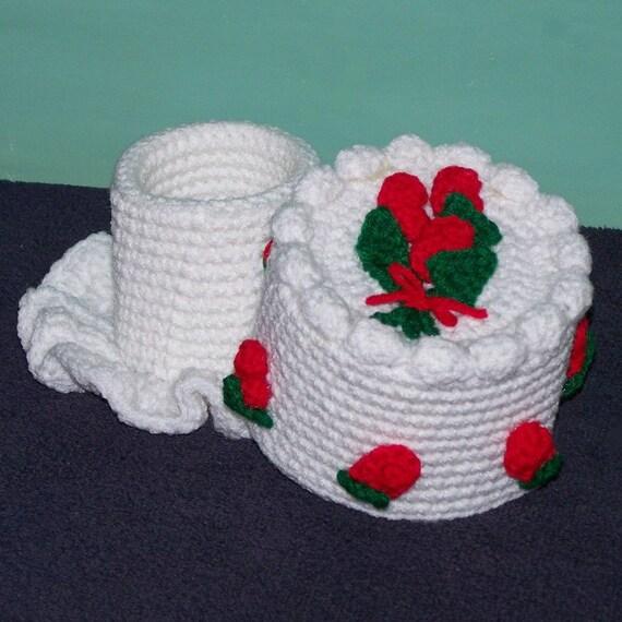 Rosebud Simple Elegance Mini Treasure Cake PDf Crochet Pattern