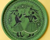 Royal Court Soldiers - Vintage Toleware Tin Serving Tray