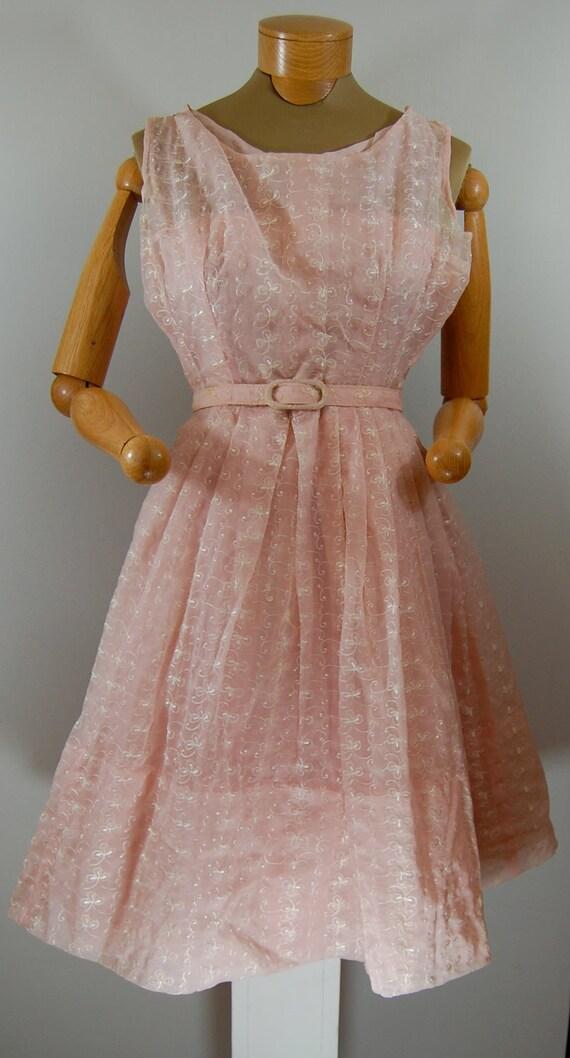 VINTAGE Pale Pink Garden Party Dress 1960s Fabulous