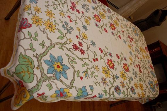 Vintage HARDY CRAFT Tablecloth lovely flower design