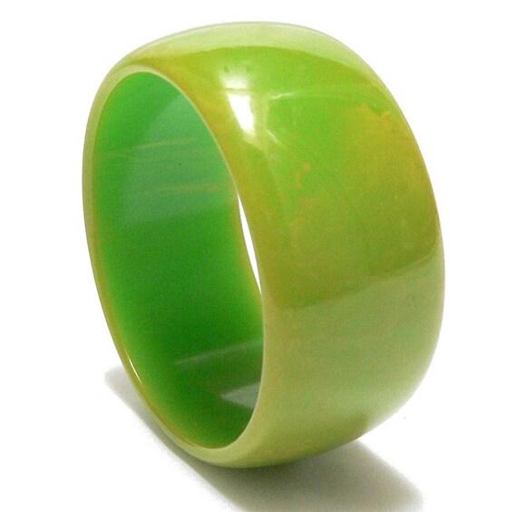 Bakelite Bangle Green Limeade