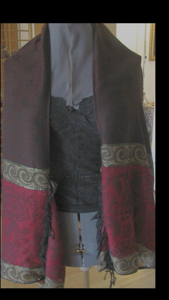 Kimono Sleeve Wrap - Shrawl That Wont Fall of your Shoulder.  Pashmina/Silk Fabric