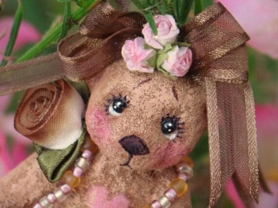 a sweet CHOCOLATE BEAR trinket box.....