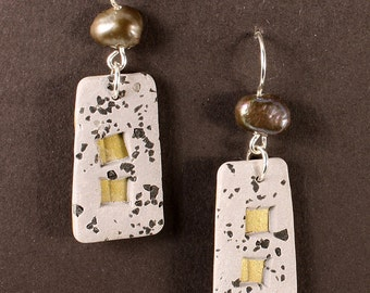Architectural earrings in polymer granite and gold