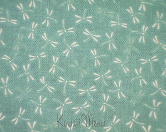 "Scrap / Beautiful Japanese Fabric - Dragonfly on Mint - 110cm x 52cm(43.3"" x 20.5"") (ki151221)"
