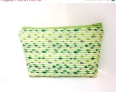 CIJ Sale Medium Zipper Cosmetic Pouch  Green Raindrops - handjstarcreations