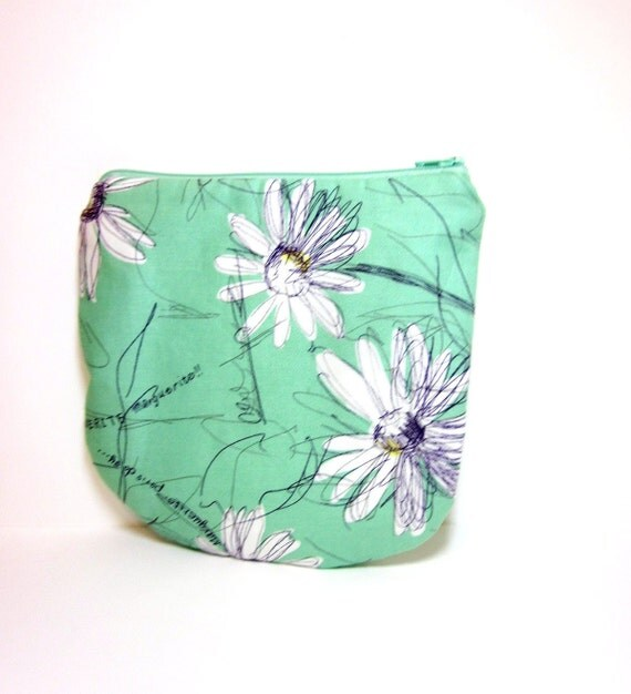 Medium Zipper Pouch - Marguerite Daisy in Mint