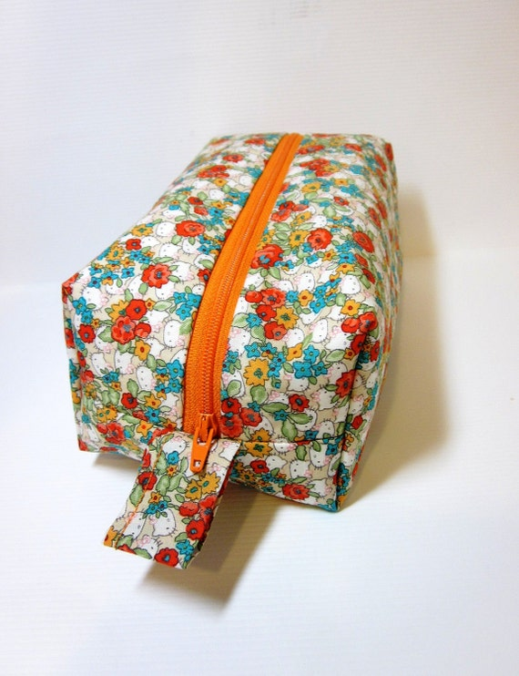 Reserved for joriannnn   Medium Boxy Zipper Pouch - Hello Kitty