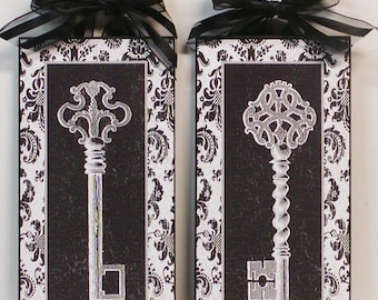 Set of 2 Black and white Damask Antique Keys Wooden Plaques