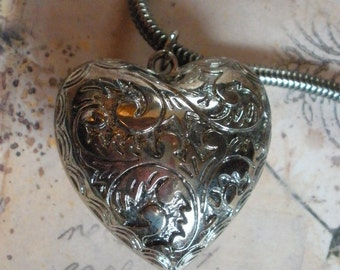 Puffy Silver Heart Necklace Vintage 1980's
