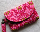 Large Snap Wristlet ...Stained Glass in Pink