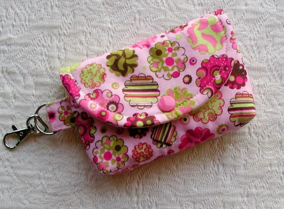 Small Snap Pouch w/ Key Clasp ...Picnic Parade in Pink