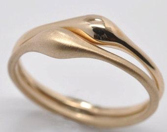Wave stacking ring - 18k gold