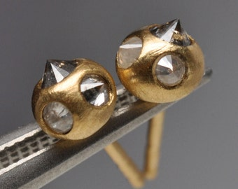 natural silver diamond earrings- 18k gold