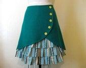 Oopsy Daisy ruffle front skirt Sz 12