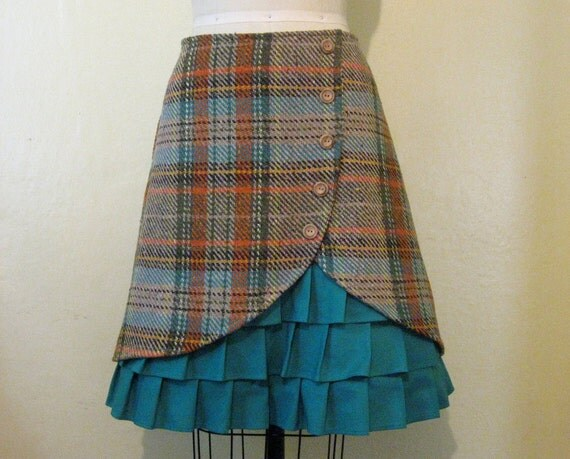 Sweet Jane ruffle front skirt Sz 8