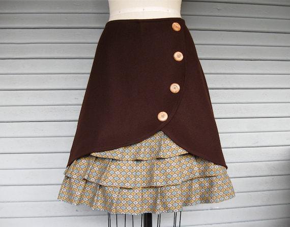 Tobacco Road ruffle front skirt Sz 12