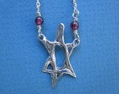 Beaded Star Necklace (Silver\/Garnet)