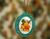 Daffodil Hill Necklace